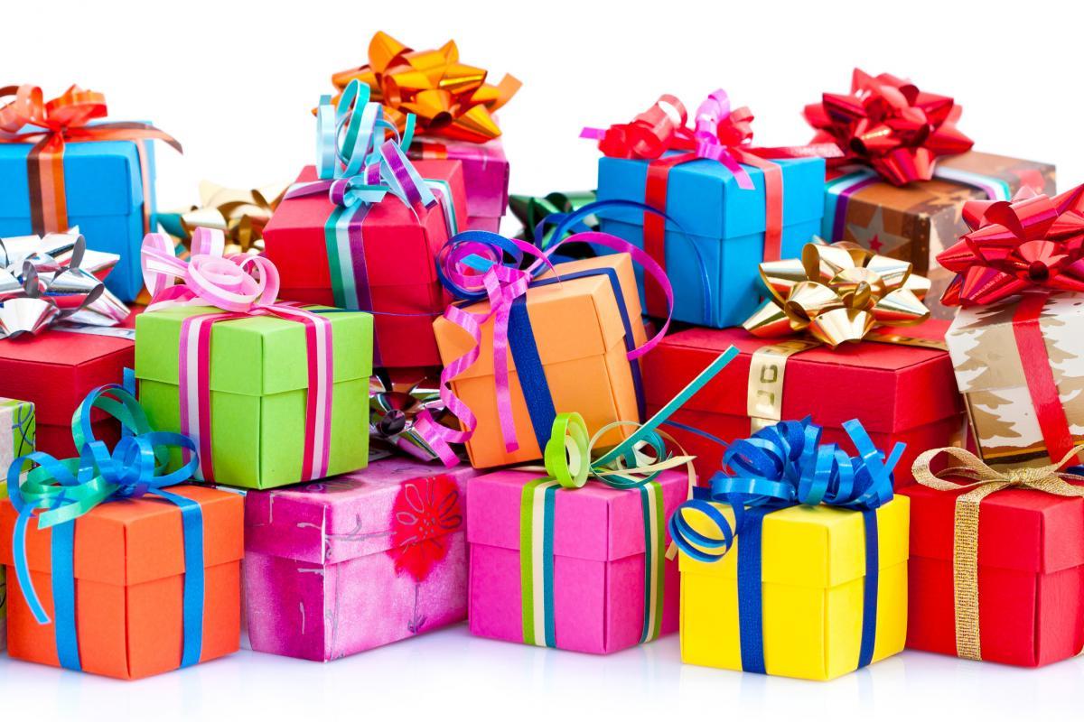 Принимаем поздравления и подарки